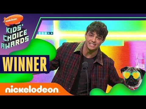 "Noah Centineo Wins ""Favorite Male Actor""  