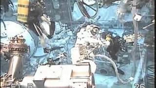 Astronauts Practice Station Spacewalk Underwater