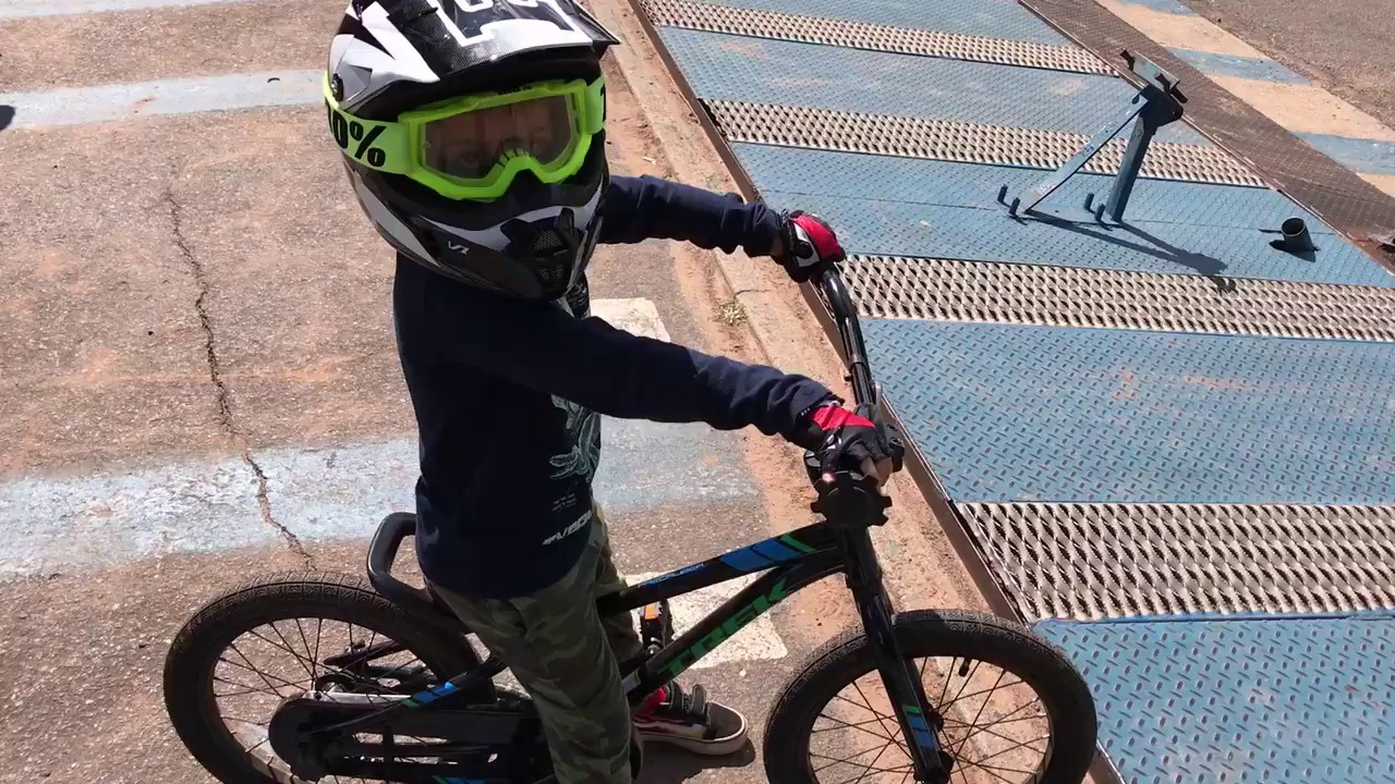 4 year old rides The best BMX track in Connecticut Falcon BMX in Meriden