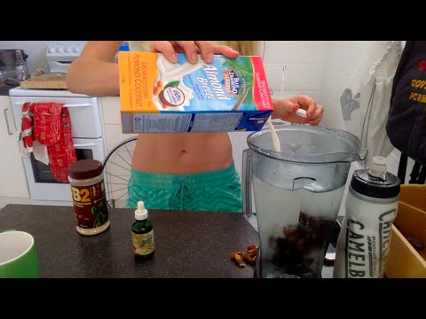 skinny-peanut-butter-smoothie-recipe-#bgsnackers