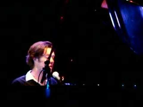 rufus-wainwright-little-sister-live-paramount-jon-bell