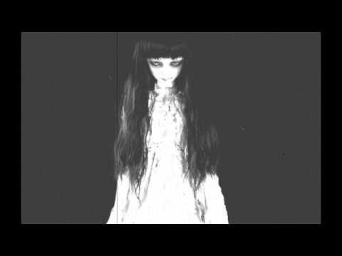 "Creepy Horror Song (Music Box, Piano & Simphony) ""Lorelei's Lullaby"""