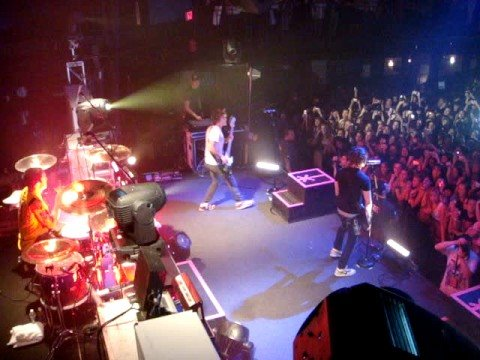 All Time Low - Intro & Poppin' Champagne @ 930 club