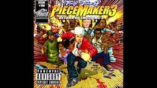 04 Tony Touch - Hold That (Ft. Busta Rhymes, J-Doe, Reek da Villain & Roc Marciano)