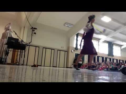 Crescent City, California Russian dancer balalaika
