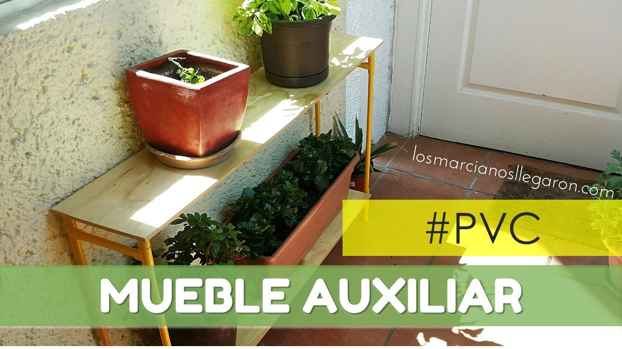 C mo hacer un mueble con tubos de pvc y madera for Casas para jardin de pvc