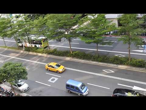 Taiwan Taipei Street auction car臺北 街拍1