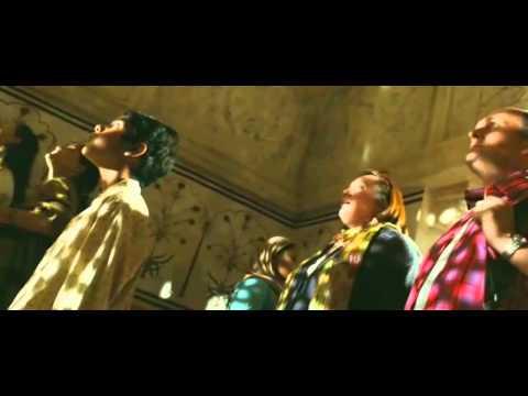 Slumdog Millionaire: Canted angles