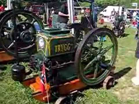 Starting a very rare 12 hp Trygg stationary engine