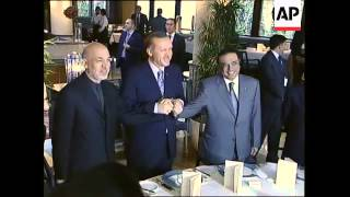 Karzai and Zardari meet Turkish leaders to improve strained ties