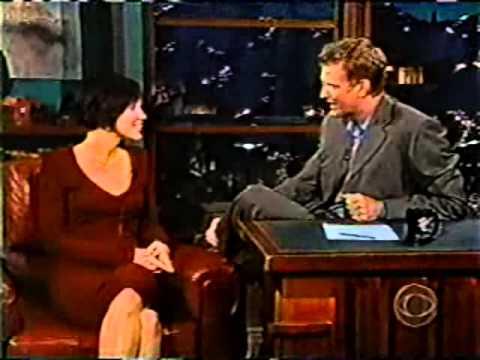 2002-10-30 Ashley Scott Craig Kilborn interview