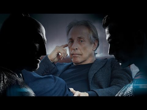 Charles Roven teases Batman v Superman footage - Collider