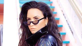 Demi Lovato Talks Pop Star BFFs & Going To An AA Meeting After Met Gala