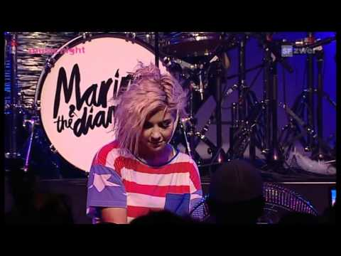 (HD) Marina and the Diamonds - Complete Concert (Blue Balls Festival 29/07/2011)
