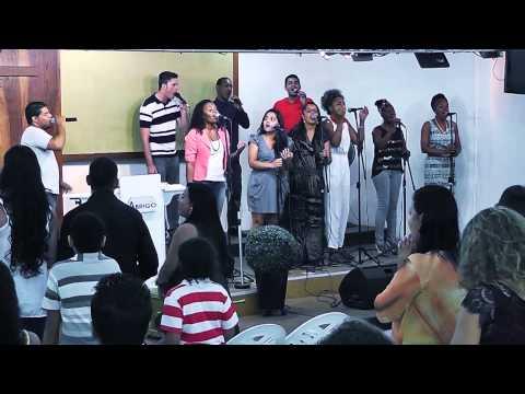 Igreja Cristã Abrigo -  Abrigo Choir - Me prosto