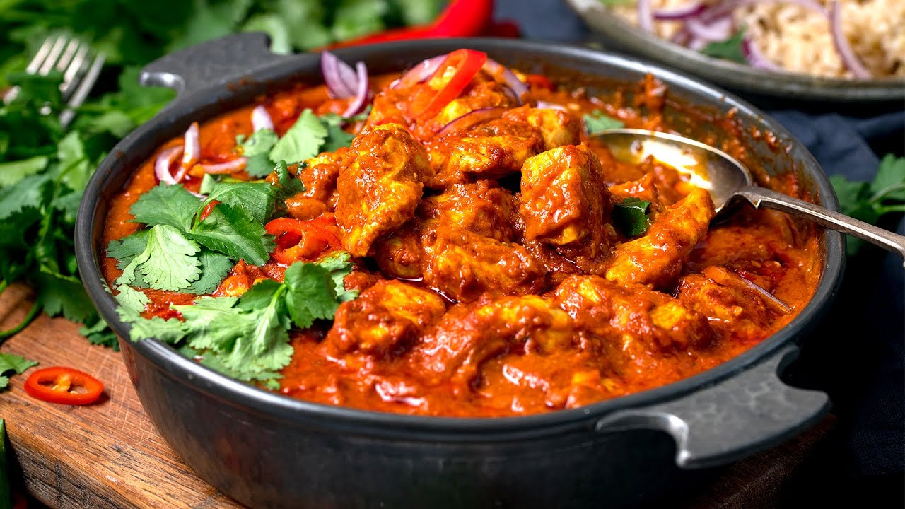 Chicken Madras | A Homemade Spicy Curry - YouTube