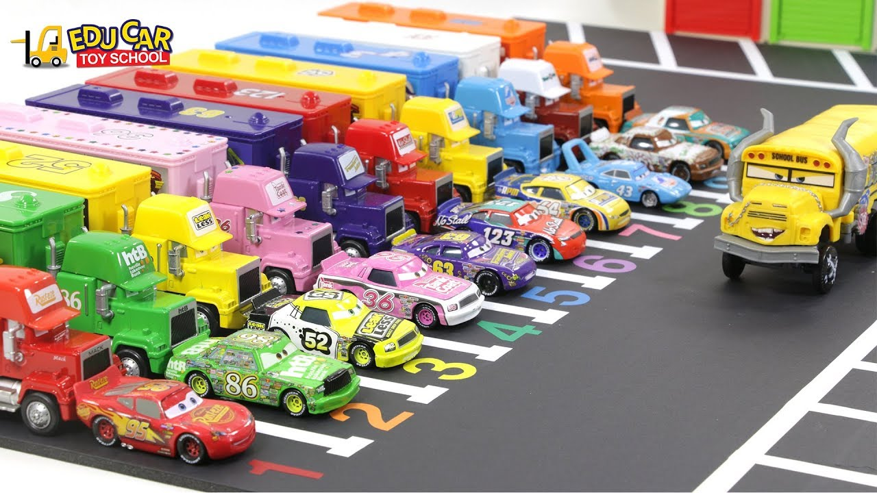 Learning Color Disney Pixar Cars Lightning McQueen Mack Truck parking Play for kids car toys