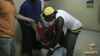 CANT CONROL YOUR LIQUOR YOUNG D AKA YOUNG DRUNK HE FALLS OUT