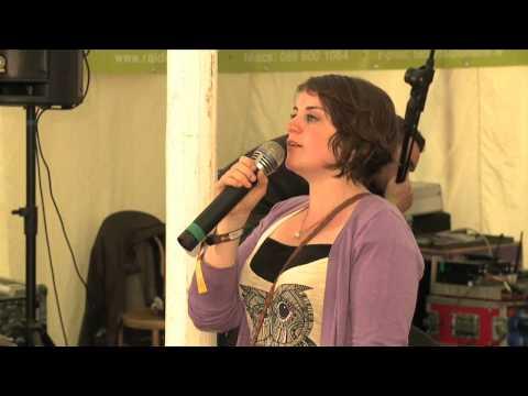 Neill Ní Chróinín: Electric Picnic & Puball Gaeilge on LiveTrad.com