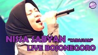 "NISSA SABYAN ""Tabassam""   LIVE ALUN-ALUN BOJONEGORO"
