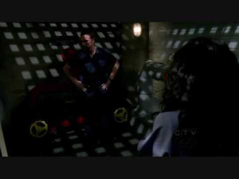 Owen and Cristina  5.19  Vent room