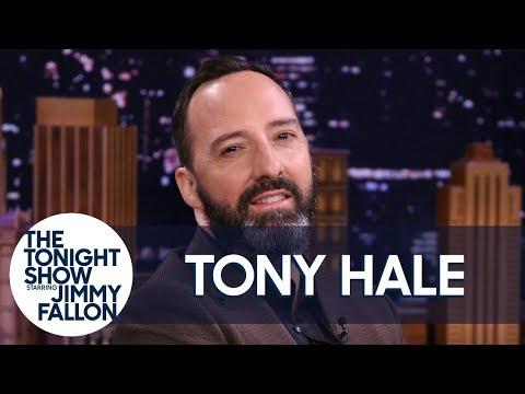 Tony HaleReacts to Toy Story 4 Forky the Spork Halloween Costumes