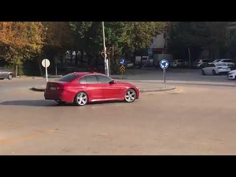 BMW F30 KAVŞAKTA YANLIYOR