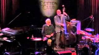 Toots Thielemans performing The Dragon in Tokyo