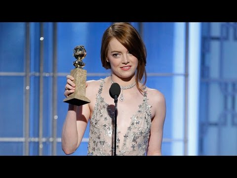 Thumbnail: Emma Stone Gets Standing Ovation, Wins First Golden Globe Award At 2017 Golden Globes