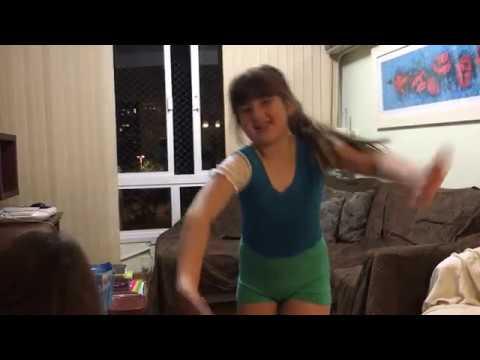 Como fazer ponte, descendo e subindo - Ginástica (ft Sofia)