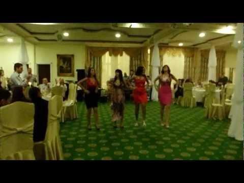 Армянский танец Сардарапат. М.К.А.Д. (Маргарита, Карина, Алина, Диана)