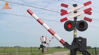 DUTCH RAILROAD CROSSING - Nieuwendijk - Zwolle