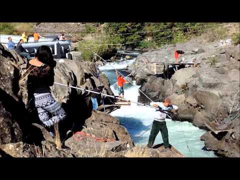 Copper river salmon dipping near chitina ak 2013 doovi for Dip net fishing