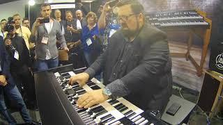 "NAMM 2018 - Joey DeFrancesco plays ""One Hundred Ways"" on Viscount Legend Organ"