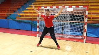 Это надо видеть: Якуб Коварж играет в гандбол :-)