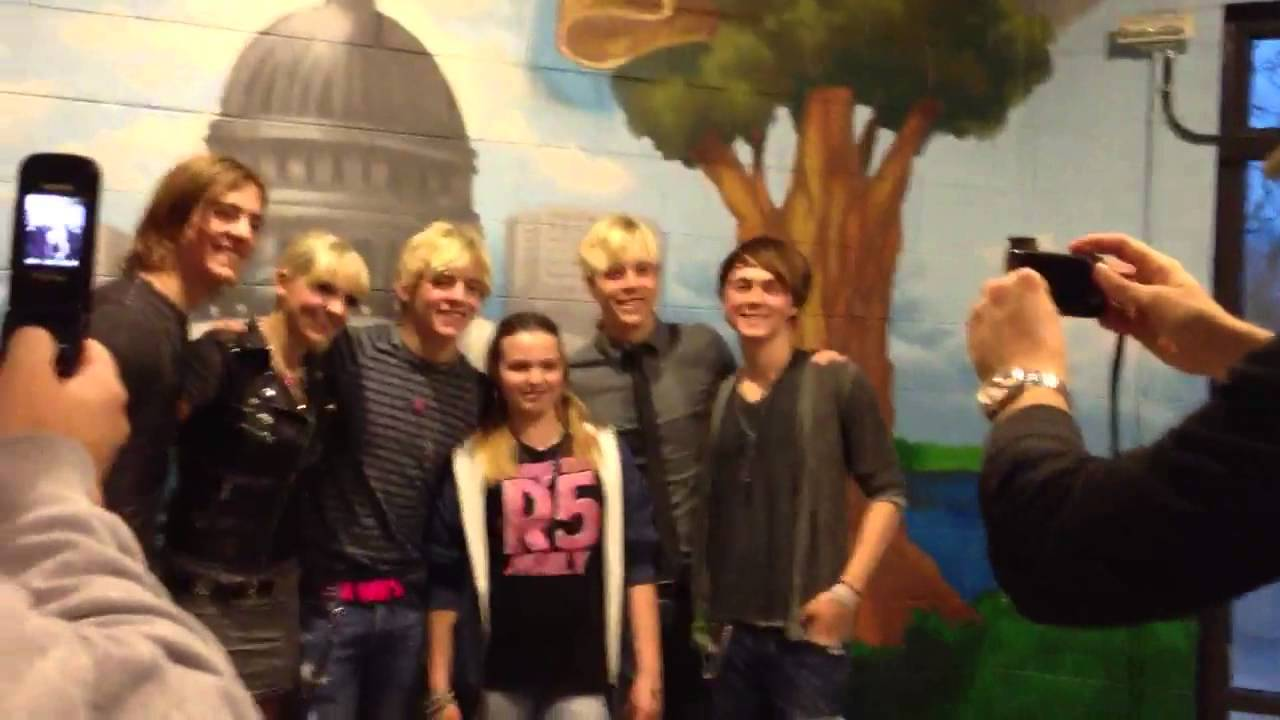 R5 meet greet in madison wi youtube m4hsunfo