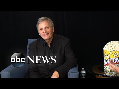 Viggo Mortensen Sings Aragorn's Coronation  in Elvish