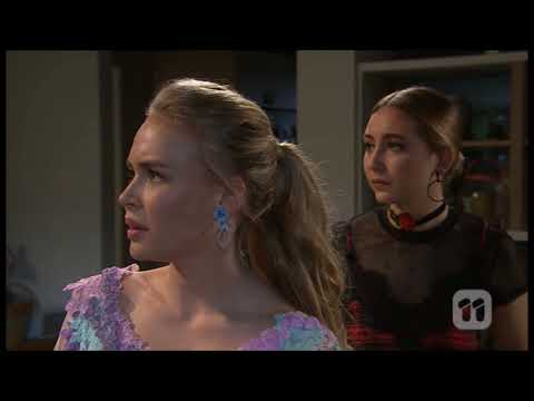 [Neighbours] 7689 Xanthe & Piper & Ben Scene
