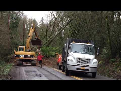 PBOT Crews Clear Landslide on West Burnside 3.15.17