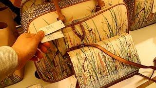 Женские сумки в Испании. Цена на женские сумочки в Европе.(Это видео о женских сумочках и о ценах на них, видео сделано в двух разных торговых центрах Испании. Цены..., 2014-03-31T17:06:45.000Z)