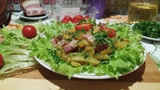 Жареная картошка с салом и луком видео рецепт