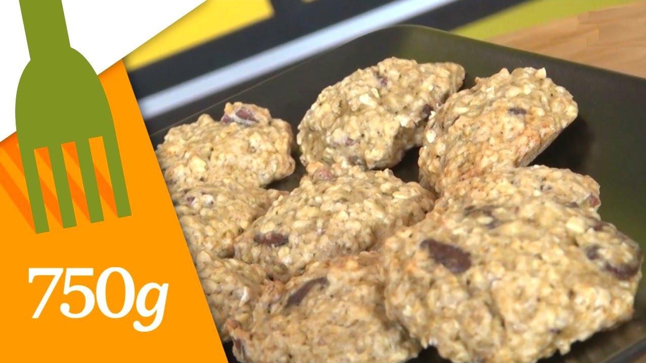 recette de biscuits aux flocons d 39 avoine p pites de chocolat et bananes 750g youtube. Black Bedroom Furniture Sets. Home Design Ideas