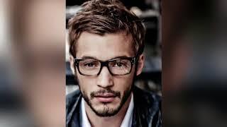 Glasses wearing Sexy men