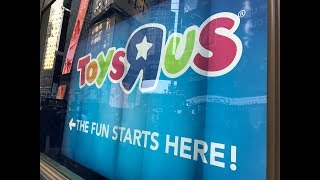 Toys R Us Times Square Grand Opening 2017 (now Closed )