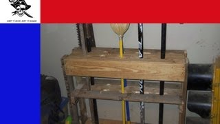 Easy Diy Yard Tool Storage From A Pallet
