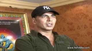 BOSS 2013   Movie Review by Akshay Kumar   Akshay Kumar Live