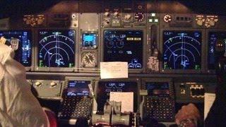 KLM Cockpit view Boeing 737-800 Amsterdam - Zürich