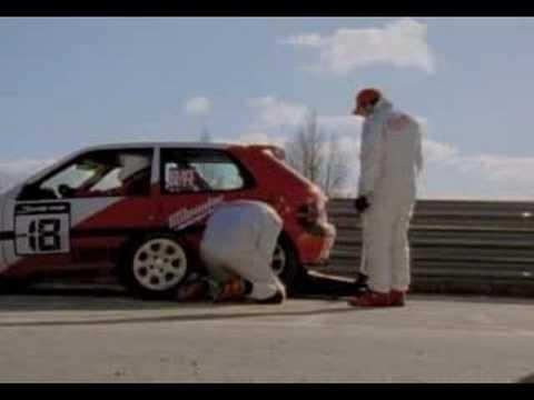 Замена колеса на Формуле 1