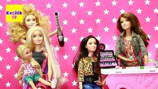 Barbie Kuafor Salonunda - Evcilik TV Evcilik Oyunları