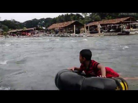 bukit-lawang,-objek-wisata-alam-di-bahorok-kabupaten-langkat,-sumatera-utara